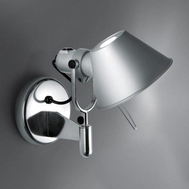 artemide tolomeo faretto wandleuchte mit schalter alu. Black Bedroom Furniture Sets. Home Design Ideas